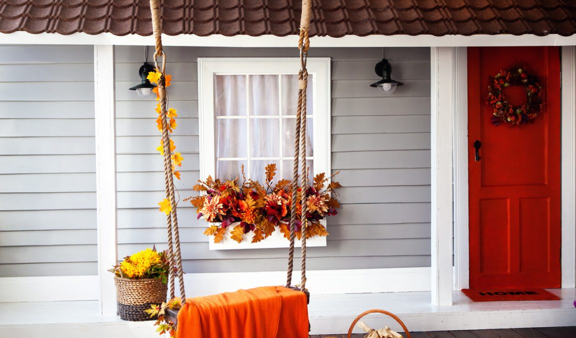 7 Ways to Spruce Up Porch for Fall