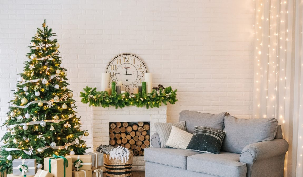 8 Quick Decor Tips That Will Make Your Home Holiday-Ready